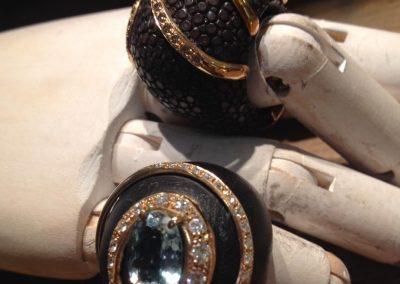 Levitalisrl#ebano#oro#acquamarina#pelle#moda#gioielli#artigianato#